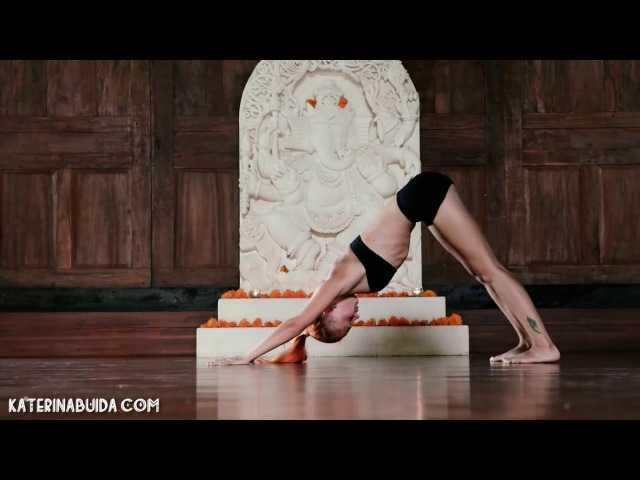 Предлагаем вашему вниманию 4 качественных видео для расслабления и оздоровления спины, укрепления и повышения гибкости позвоночника от Катерины Буйда