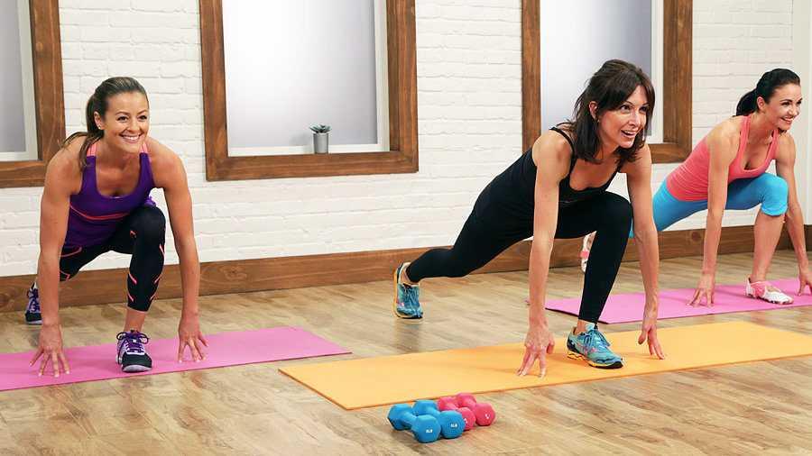 Тренировки во время беременности с трейси маллет в стиле йоги и пилатеса