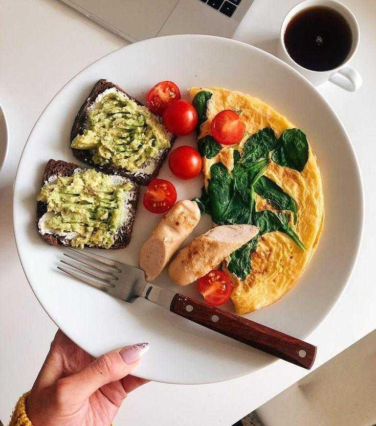 Меню на 1300 калорий в день: примерный идеальный пп рацион питания в сутки для женщины на диете с ккал и бжу, рецептами, отзывами и фото