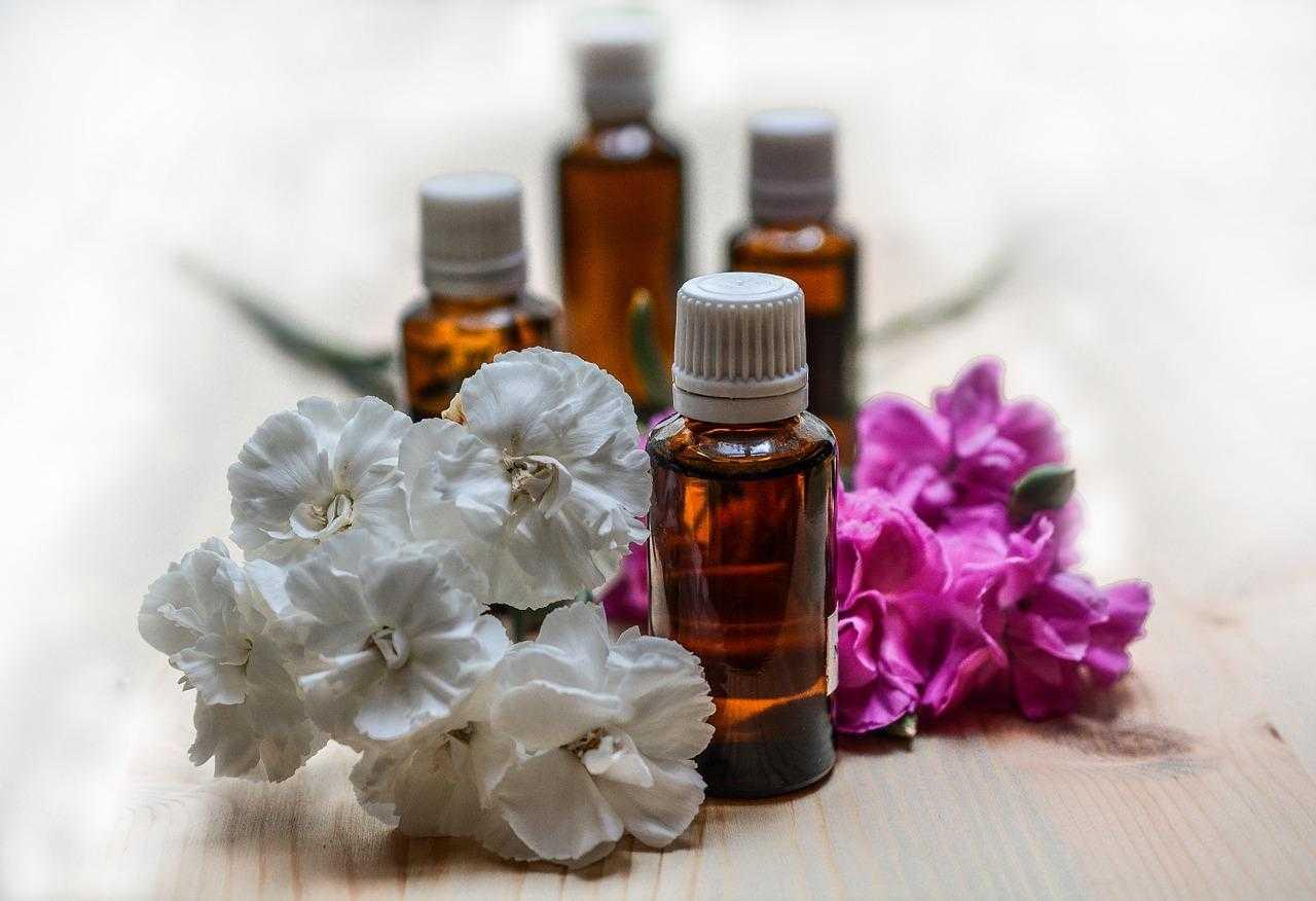 Ароматерапия или лечение эфирными маслами, созданными природой