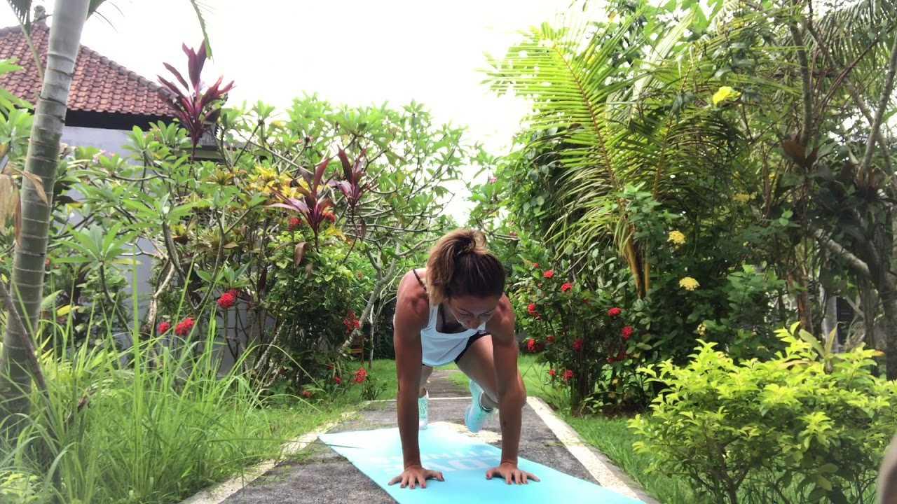 Планка Челлендж это программа на 7 недель для стройного тела Анна Цукур предлагает 7 коротких тренировок на 8 минут, в основе которых лежат планки