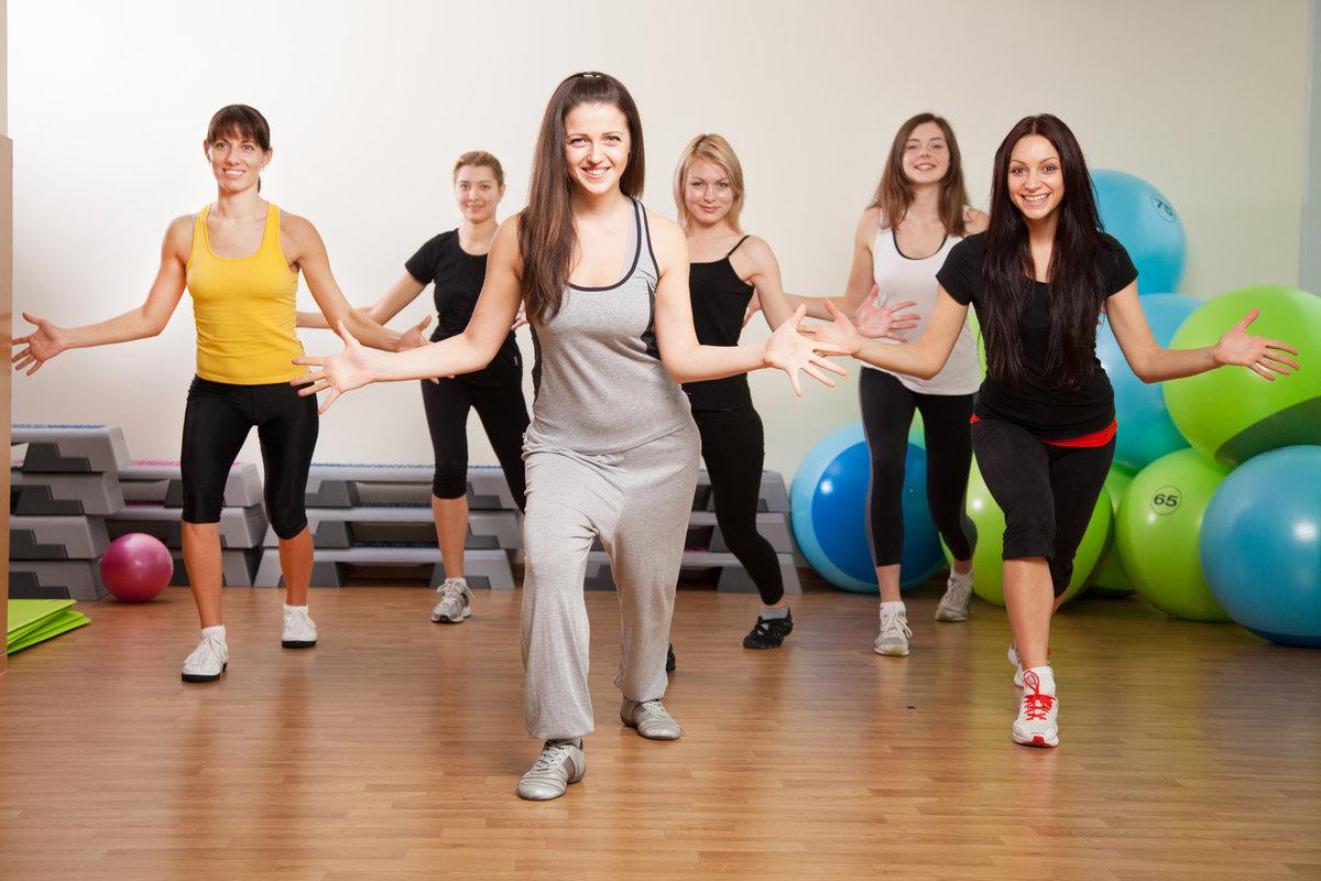 Зумба фитнес: что это такое и в чем польза танцев зумба для похуденияwomfit