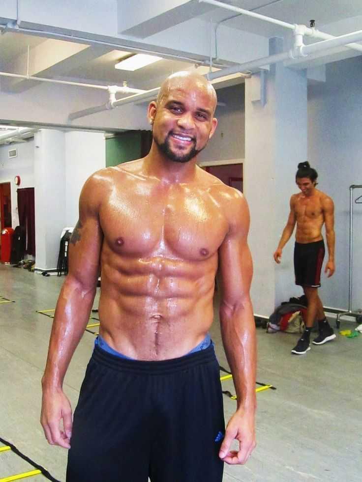 Rockin' body: танцевальная тренировка от шона ти