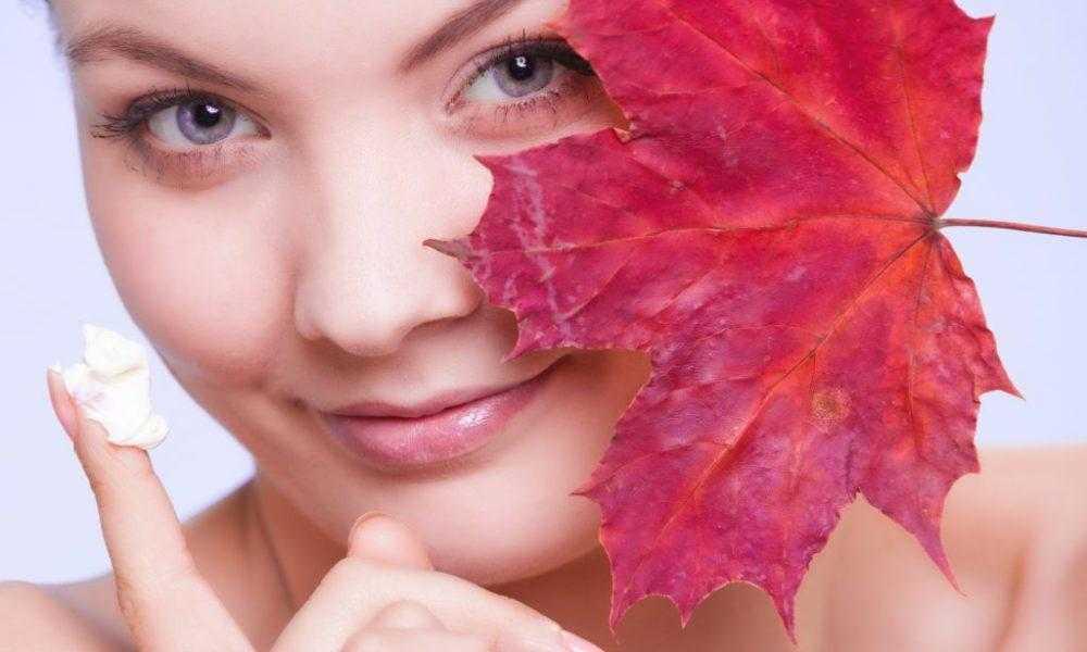 Уход за сухой кожей лица: главные правила и 3 ежедневных этапа, обзор 9 средств