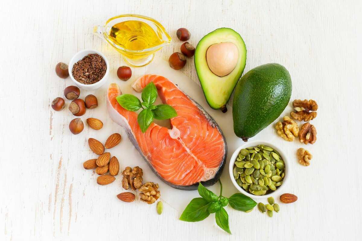 Какие орехи можно есть при похудении: виды и полезные свойства