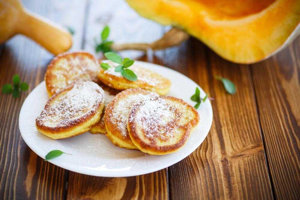 Пикантные тыквенные оладьи – кулинарные рецепты. оладьи из тыквы - пошаговые рецепты с фото