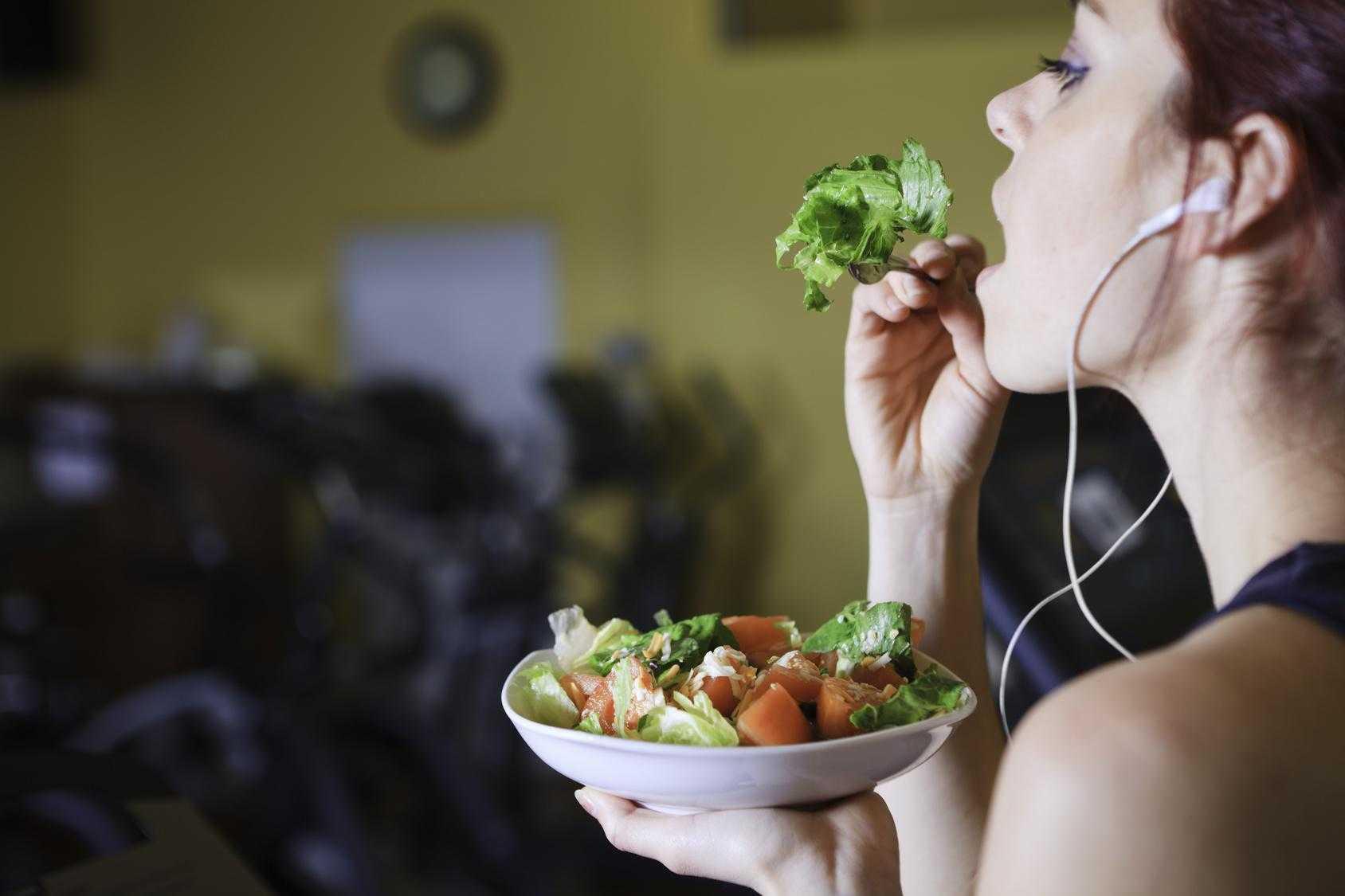 Как начать правильно питаться и не бросить - лайфхакер