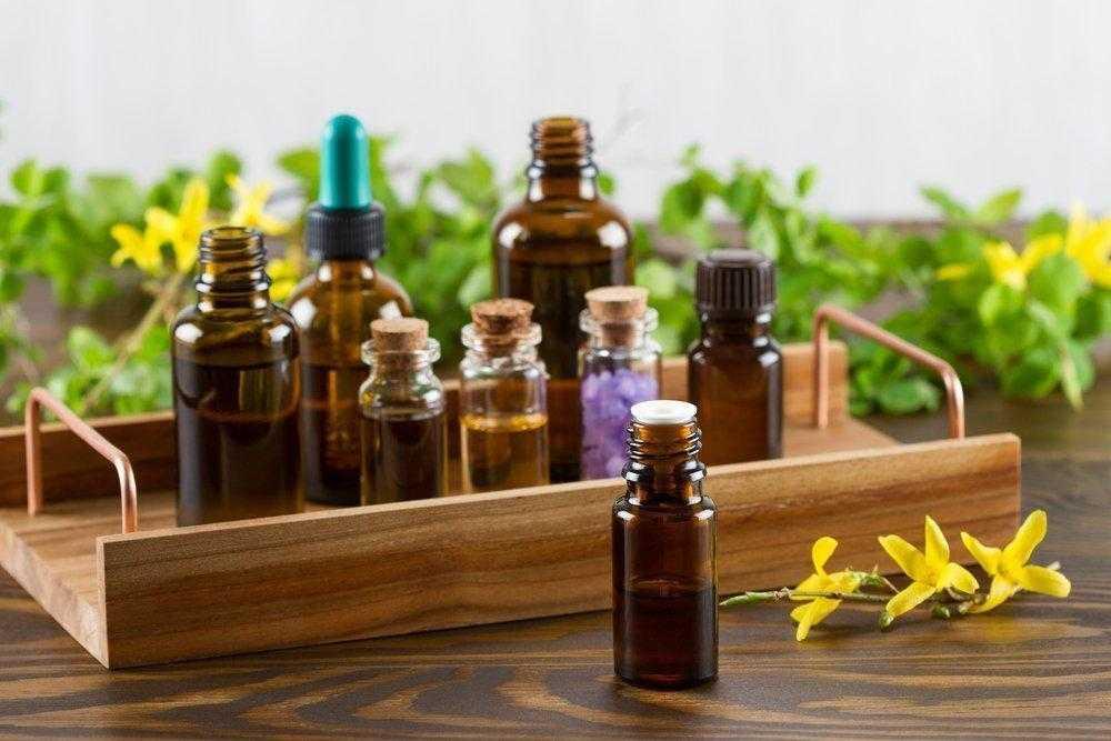 Ароматерапия - использование эфирных масел и их свойств в лечебных целях Полезные свойства аромамасел могут бодрить, успокаивать и даже помогают при похудении