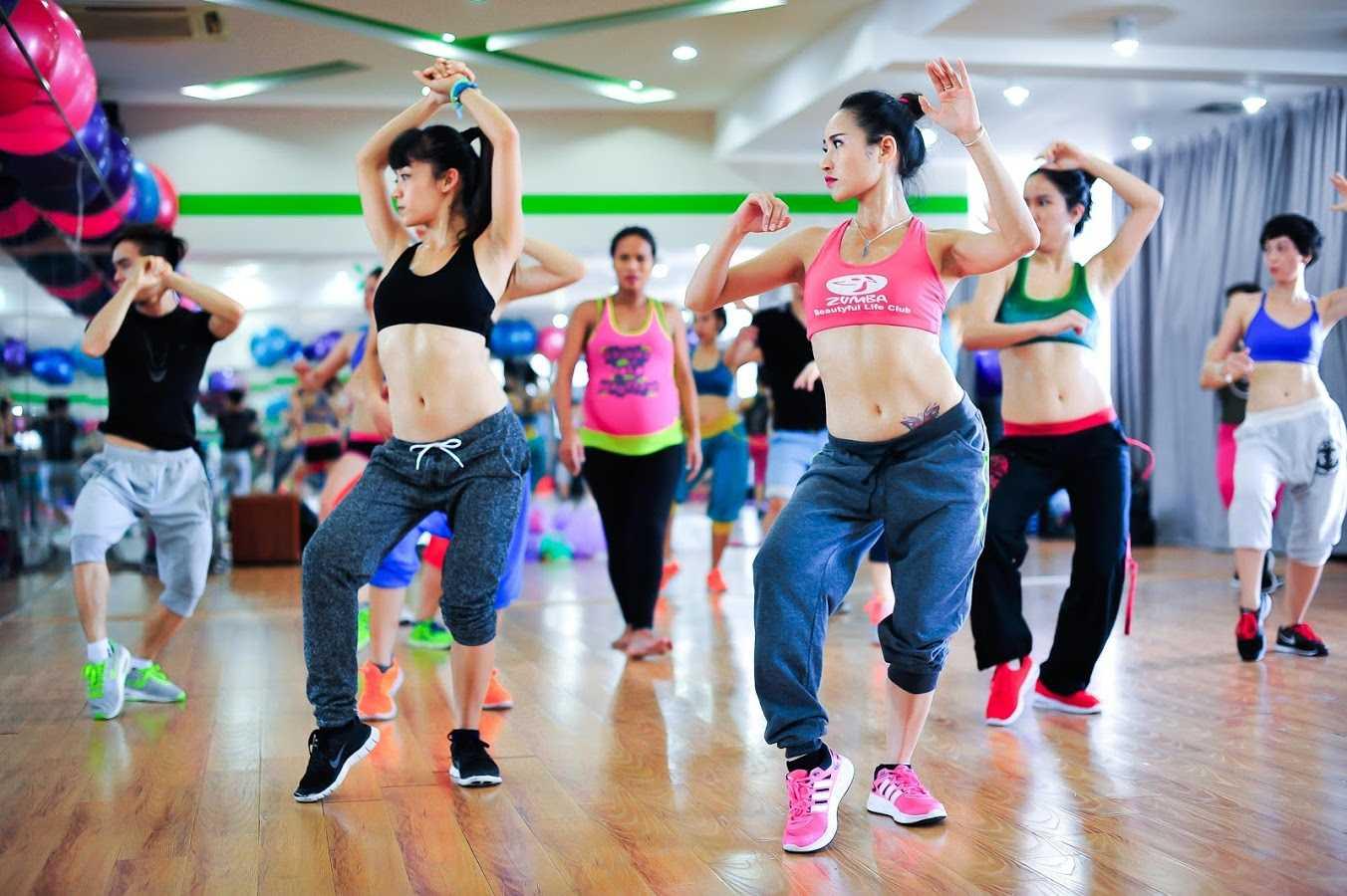Зумба для похудения: упражнения, отзывы и результаты, противопоказания - похудейкина