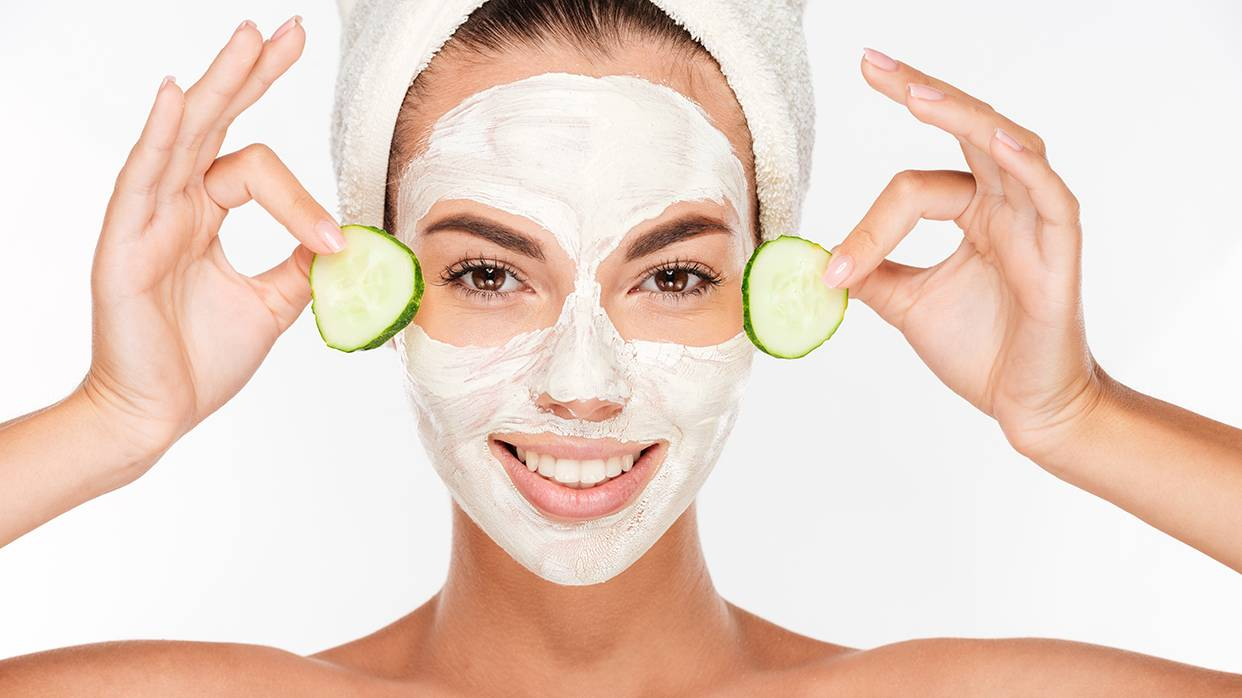 Уход за кожей лица зимой – женские вопросы
