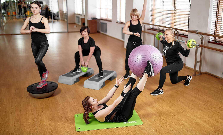 Танцевальная аэробика для похудения: лучшие упражнения для начинающих