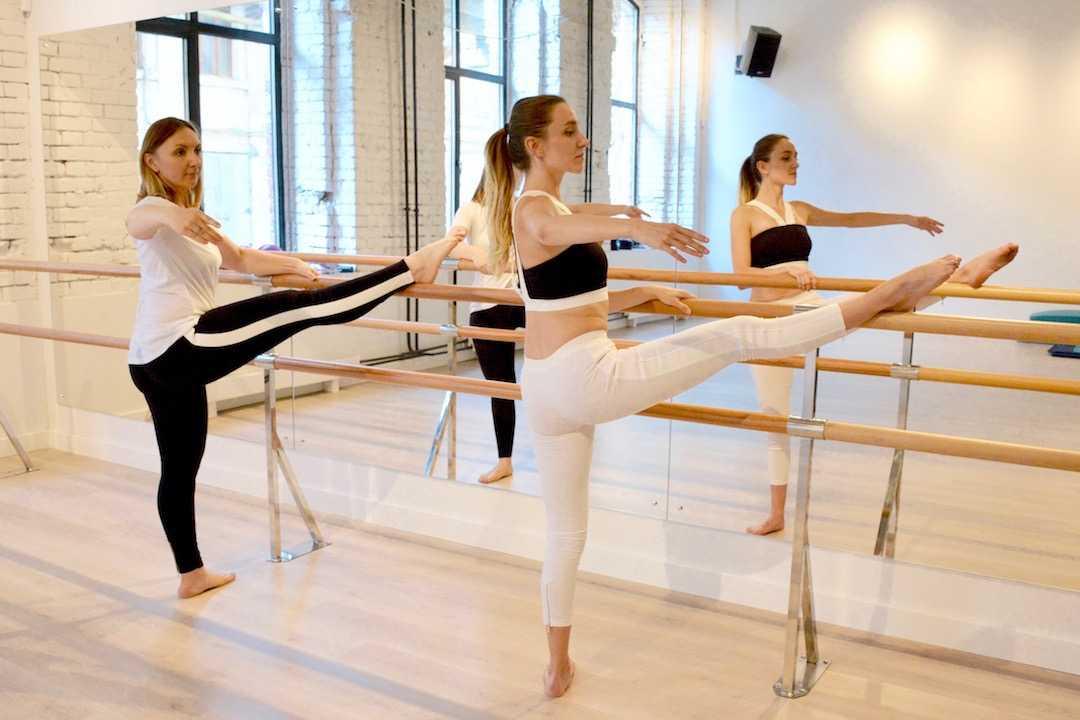 Booty barre ballet: обзор тренировки с трейси маллет