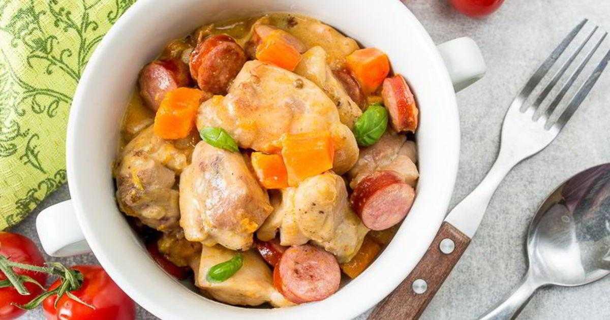 Рыбное рагу с маслинами и овощами в томатном соусе