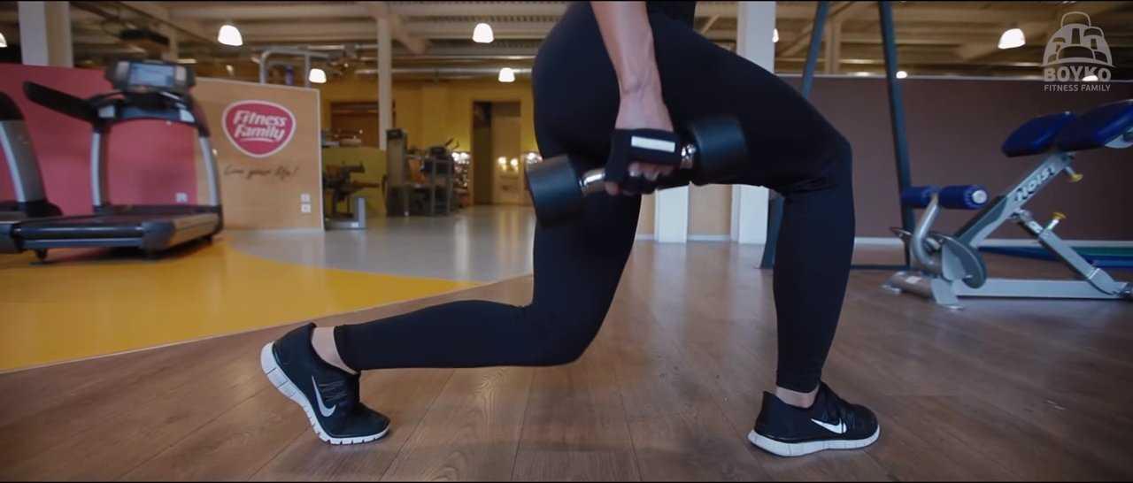 Как убрать галифе на бедрах: эффективные упражнения для тренажерного зала и домашних тренировок