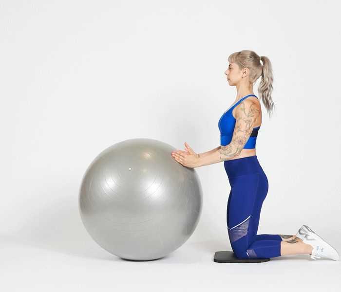 Подборка упражнений на фитболе для похудения с видео и пошаговой инструкцией