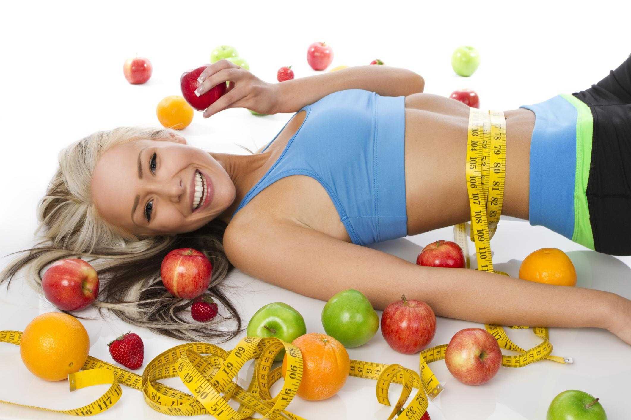Какие фрукты и ягоды помогают снизить вес